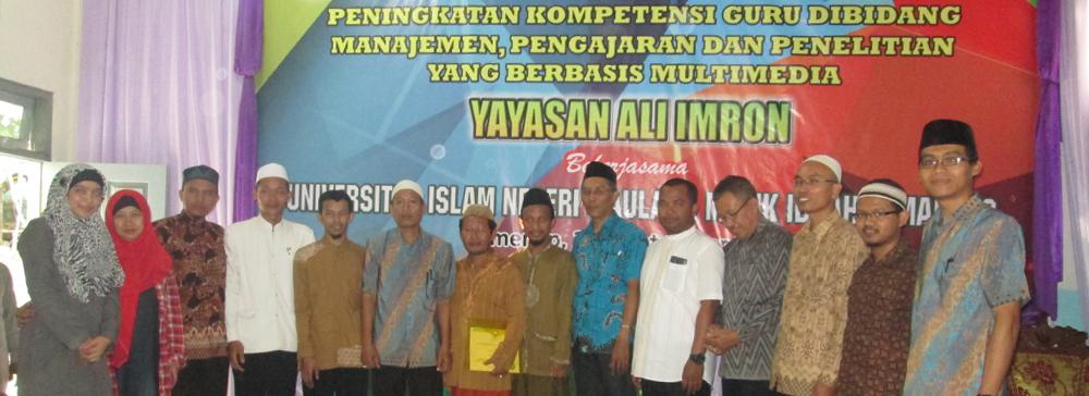 Pengabdian Masyarakat di Yayasan Ali imron, Sumenep Madura